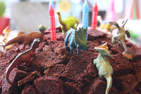 συνταγή τούρτα δεινόσαυρος